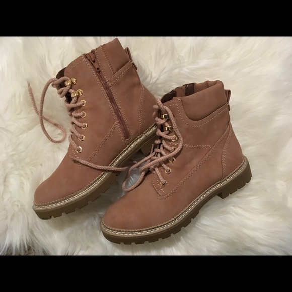"""76aaf004a4d Steve Madden """"Acorn"""" lace-up faux fur lined boot NWT"""